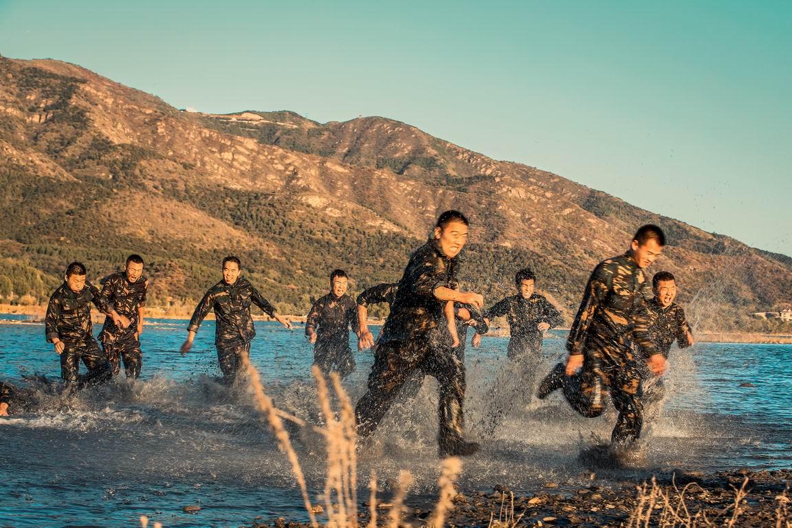 特种兵与散打运动员哪个更适合当保镖?